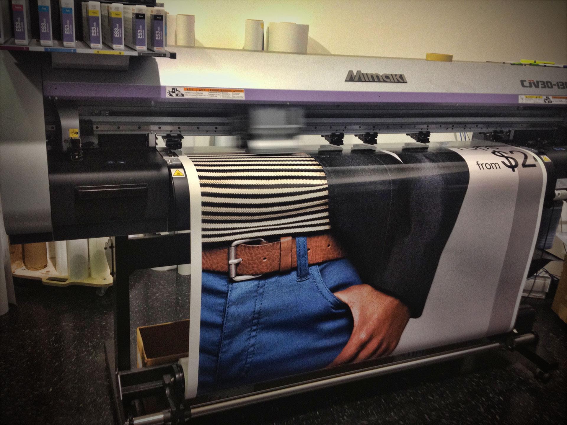 h&m-bus-wrap-printing