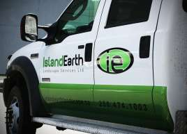 island-earth-truck-graphics