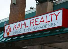 Kahl Realty Lighted Sign