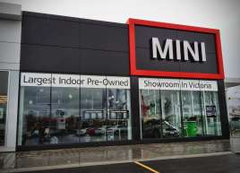 mini-store-front-graphics